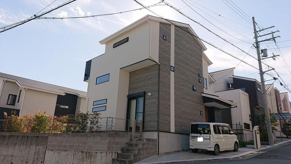 宝塚中山HILLS内 築浅中古戸建